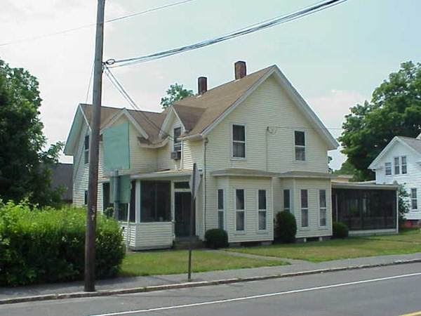42 West Main St, Ware, MA 01082 (MLS #72779013) :: Exit Realty