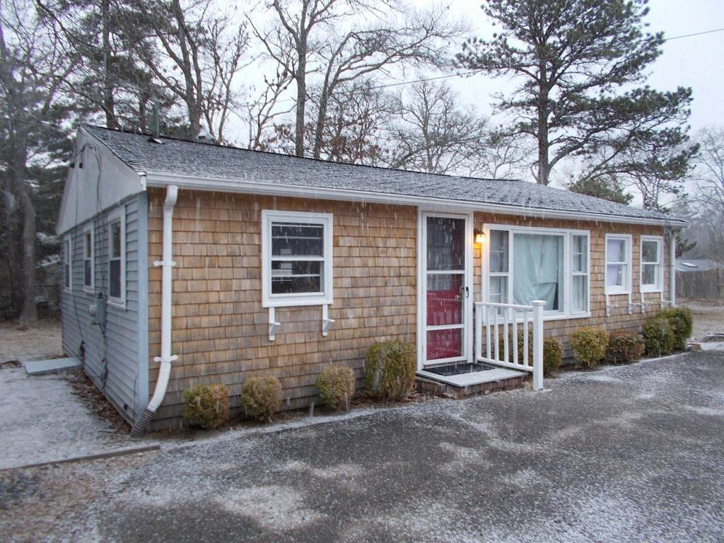 33 Plymouth Ave - Photo 1
