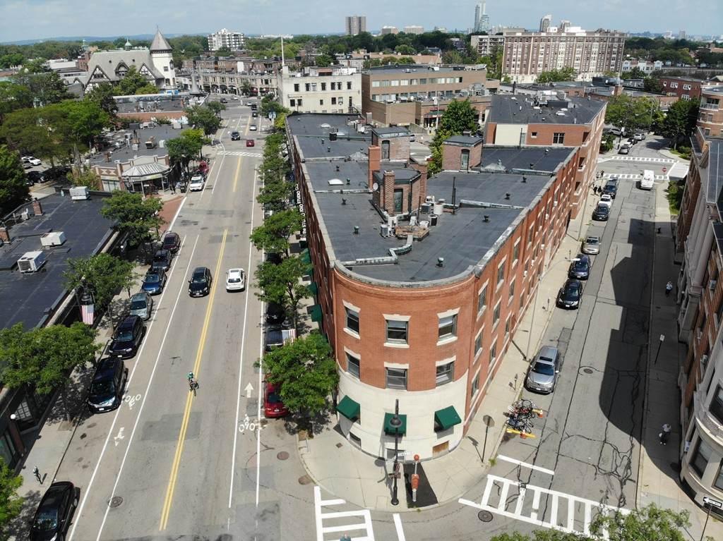 233 Harvard St - Photo 1