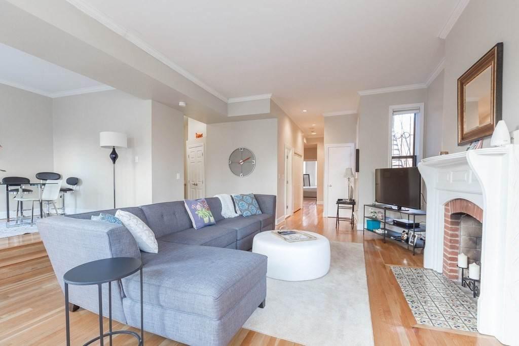 365 Marlborough Street - Photo 1