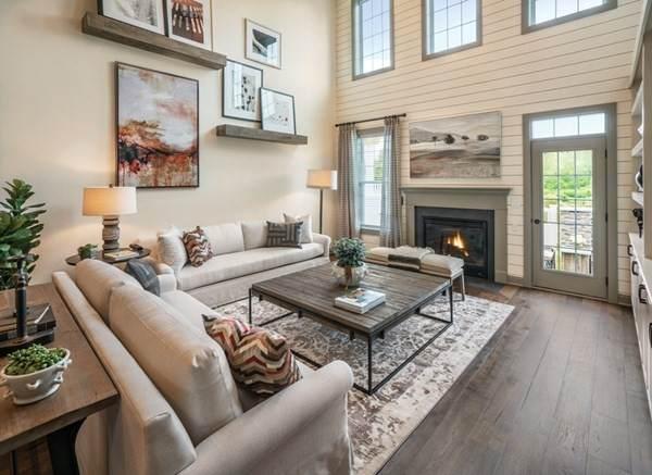 9 Hummingbird Way #149, Methuen, MA 01844 (MLS #72781058) :: The Duffy Home Selling Team