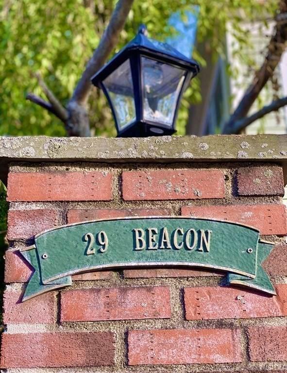 29 Beacon Street - Photo 1
