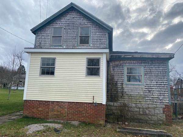 11 A Connell St, Tiverton, RI 02878 (MLS #72782912) :: Spectrum Real Estate Consultants