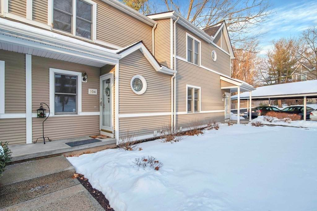 61 Abbey Memorial Dr - Photo 1