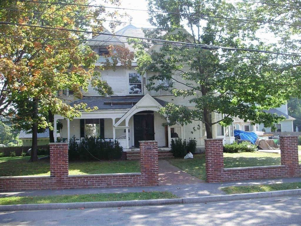 8 Central Ave - Photo 1