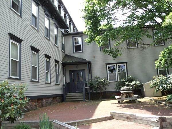 12 Walnut St - Photo 1