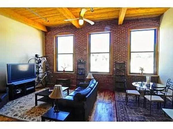 1 Envelope Ter #305, Worcester, MA 01604 (MLS #72790222) :: EXIT Cape Realty