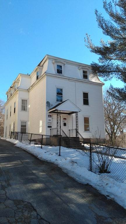 10 King St, Worcester, MA 01610 (MLS #72790706) :: Cosmopolitan Real Estate Inc.