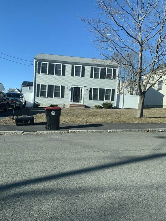 104` Arthur St, Brockton, MA 02302 (MLS #72792095) :: Kinlin Grover Real Estate