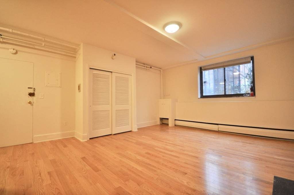 186 Beacon Street - Photo 1