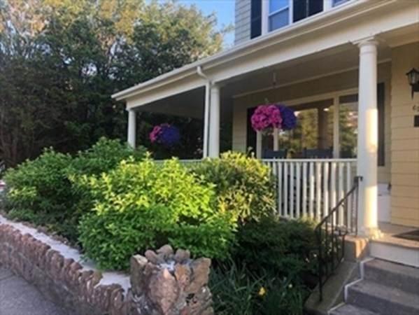62 Burrill #3, Swampscott, MA 01907 (MLS #72794915) :: Zack Harwood Real Estate   Berkshire Hathaway HomeServices Warren Residential