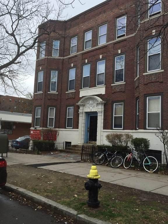 1284 Commonwealth Ave. - Photo 1