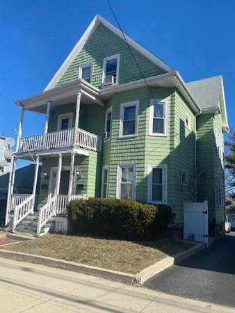 134 Walnut St, Malden, MA 02148 (MLS #72804172) :: DNA Realty Group