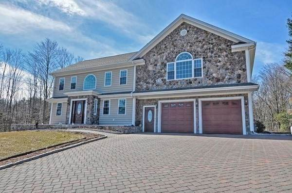 811 Bay Rd, Sharon, MA 02067 (MLS #72804627) :: DNA Realty Group
