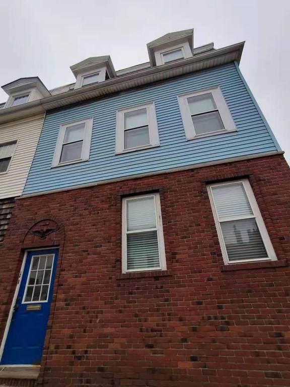 27 Lexington Street - Photo 1