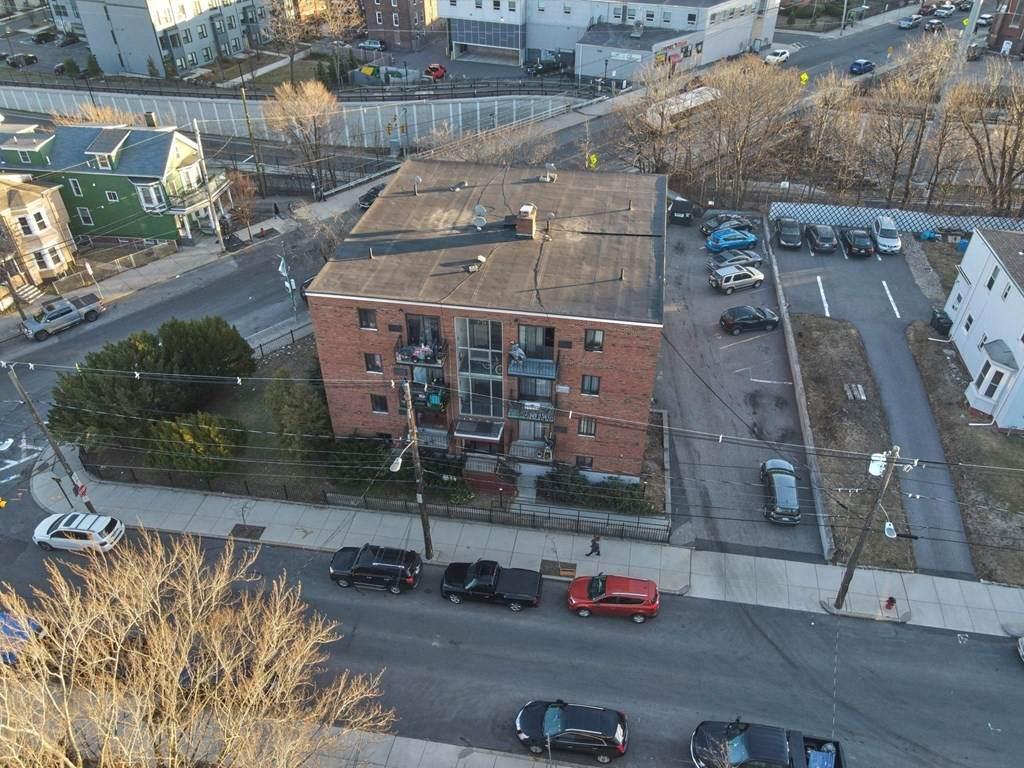 39 Crescent Ave - Photo 1