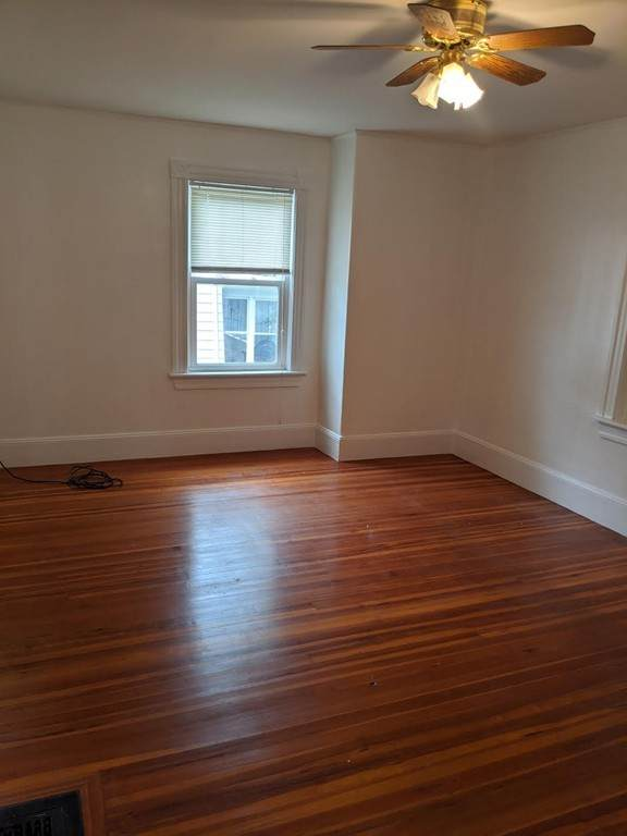 11 B Governors Ave - Photo 1