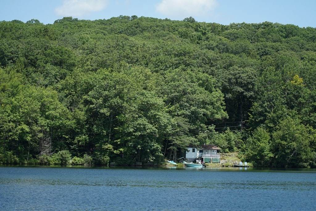 246 Norwich Lake - Photo 1