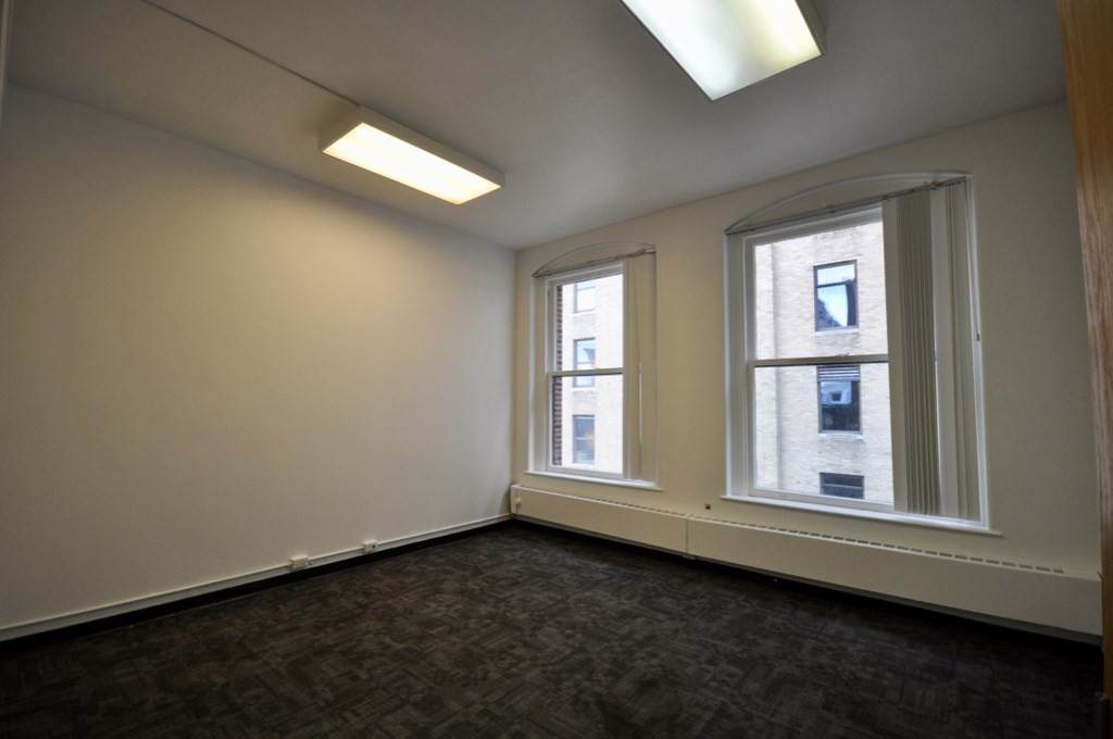 376 Boylston - Photo 1