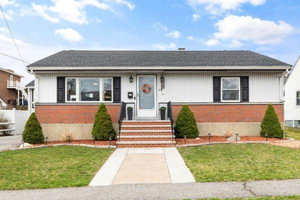 25 Signore Terr, Revere, MA 02151 (MLS #72809752) :: DNA Realty Group
