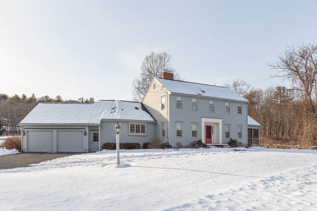 17 Meadowbrook Rd - Photo 1