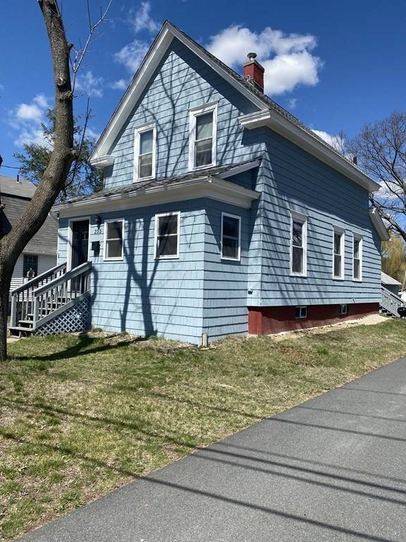 233 Silver St, Greenfield, MA 01301 (MLS #72811884) :: DNA Realty Group