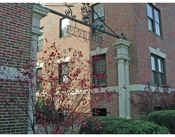 1982 Commonwealth Ave #4, Boston, MA 02135 (MLS #72812221) :: Trust Realty One