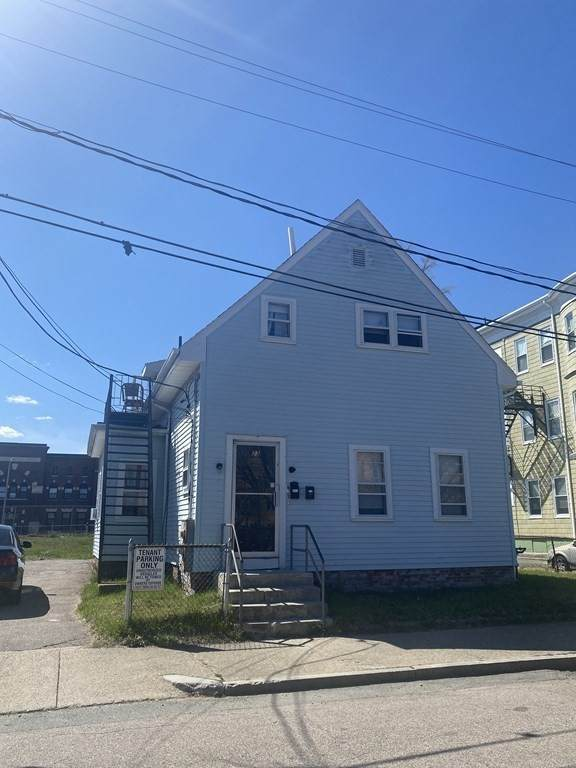 23 Clinton Ave, Brockton, MA 02301 (MLS #72812437) :: Walker Residential Team