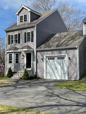 264 Matfield Str #264, West Bridgewater, MA 02379 (MLS #72812524) :: EXIT Cape Realty