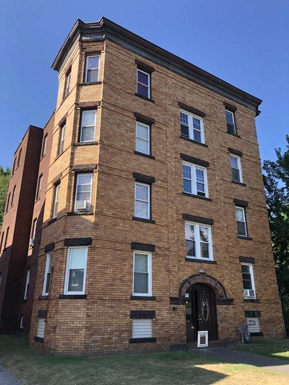 19 Warner St, Springfield, MA 01108 (MLS #72813978) :: The Gillach Group