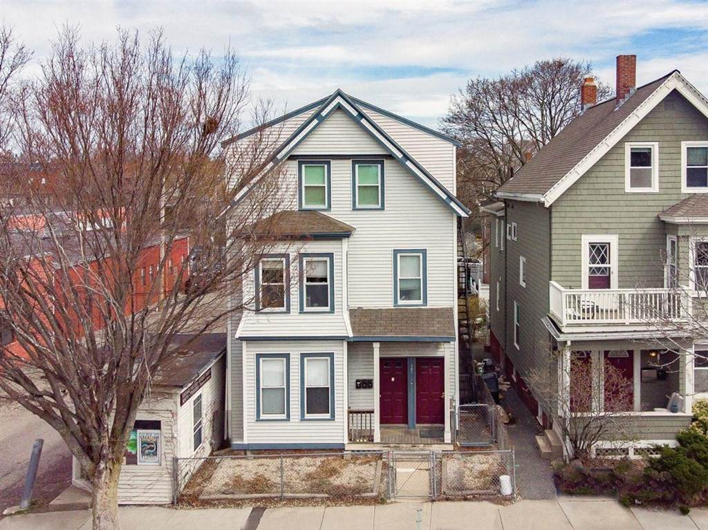 361 Highland Ave - Photo 1