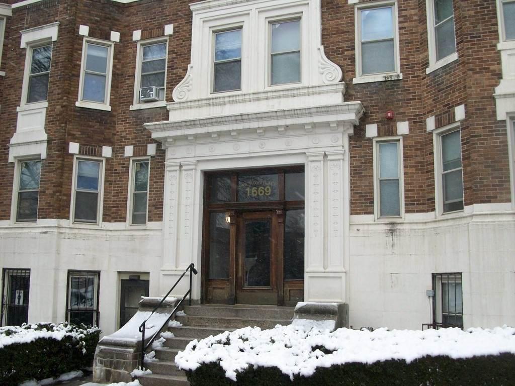 1669 Commonwealth Ave - Photo 1