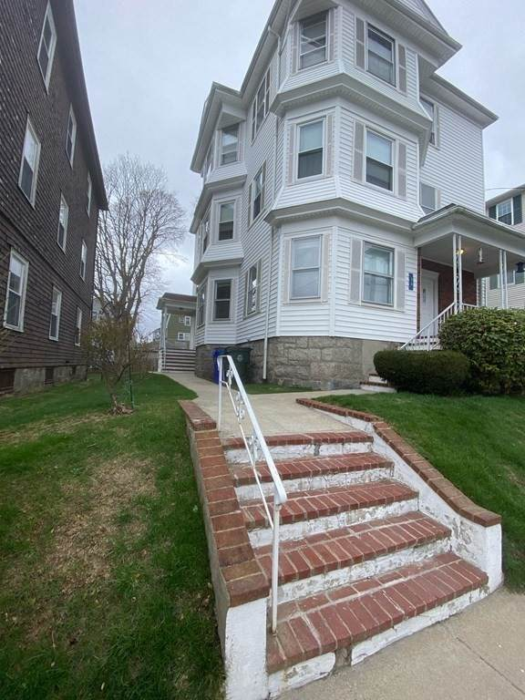 76 Stetson, Fall River, MA 02720 (MLS #72816114) :: Team Roso-RE/MAX Vantage