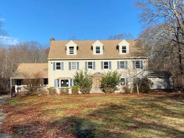 635 Iron Mine Hill Rd, North Smithfield, RI 02896 (MLS #72816115) :: Walker Residential Team