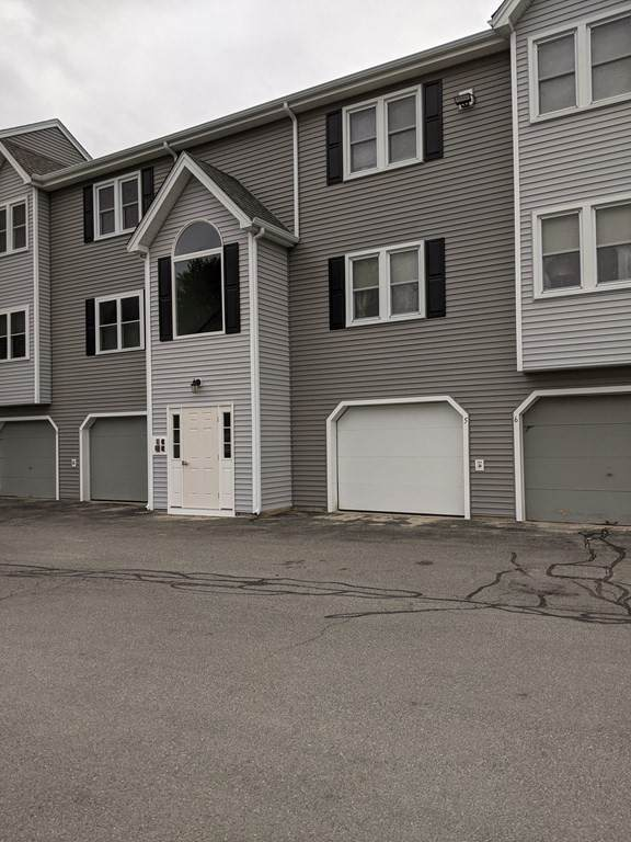 64 Tennis Plaza Rd #5, Dracut, MA 01826 (MLS #72816250) :: EXIT Cape Realty