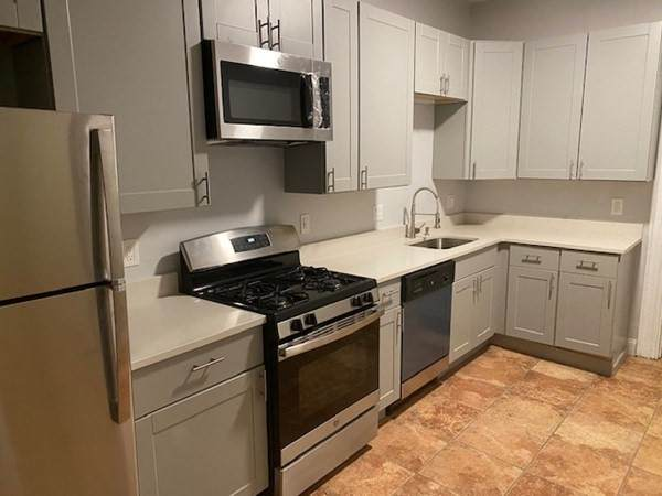27 Newton Street #2, Boston, MA 02135 (MLS #72816412) :: Boston Area Home Click