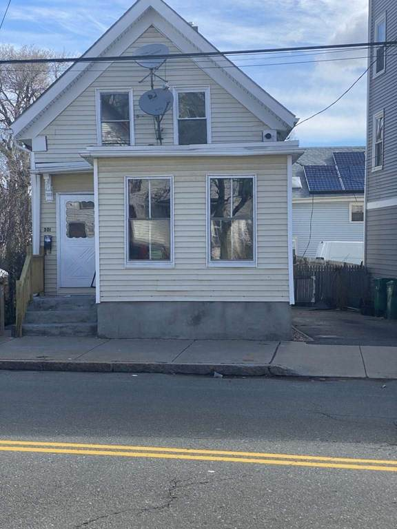 301 Chestnut, Lynn, MA 01902 (MLS #72816683) :: EXIT Realty
