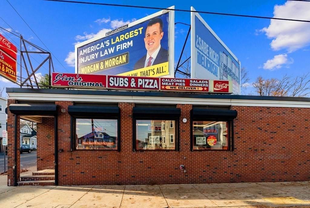 411-415 S Broadway - Photo 1