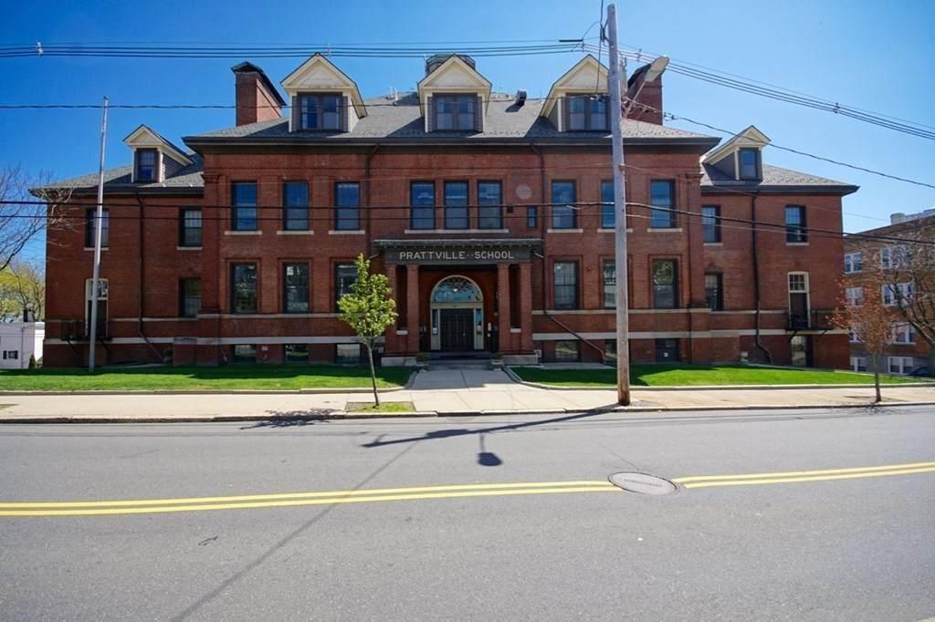 441 Washington Ave - Photo 1