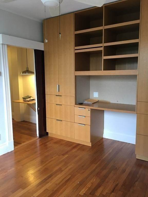 51 Park Dr #31, Boston, MA 02215 (MLS #72821613) :: The Duffy Home Selling Team