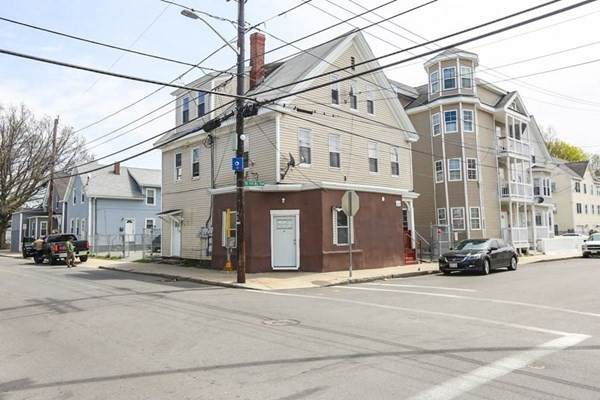37 Bennington St, Lawrence, MA 01841 (MLS #72823256) :: Spectrum Real Estate Consultants