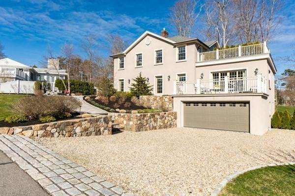 5 Waldemar Ave, Beverly, MA 01915 (MLS #72826822) :: Cape Cod and Islands Beach Properties