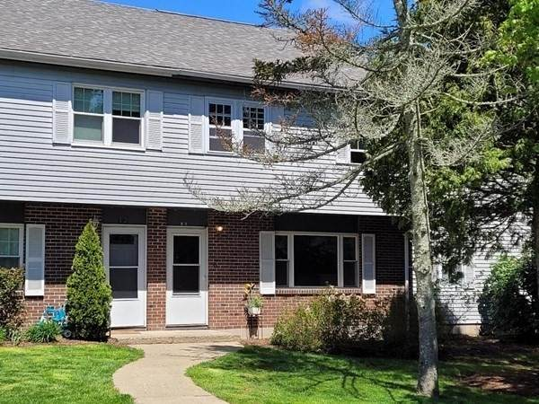 14 Hope Dr #14, Amesbury, MA 01913 (MLS #72827810) :: Boylston Realty Group