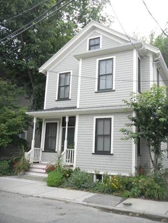 35 Magee St, Cambridge, MA 02139 (MLS #72828006) :: Boylston Realty Group