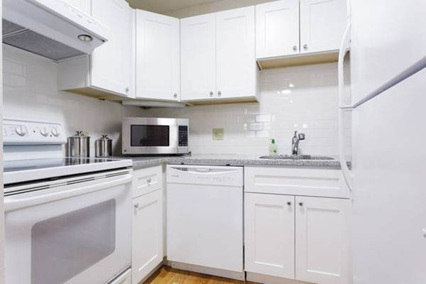 270 Bunker Hill St #1, Boston, MA 02129 (MLS #72828163) :: DNA Realty Group