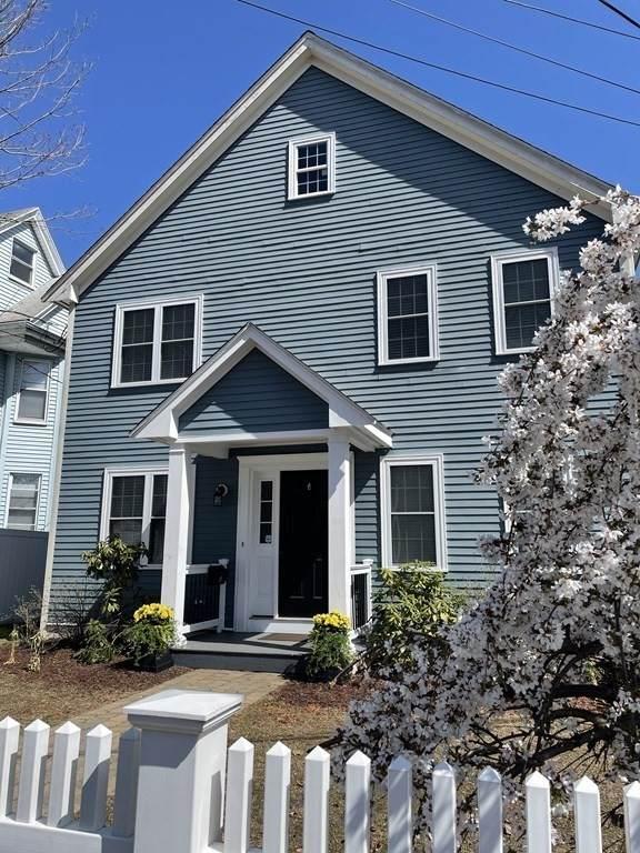 10 Prescott St, Boston, MA 02136 (MLS #72828716) :: Conway Cityside