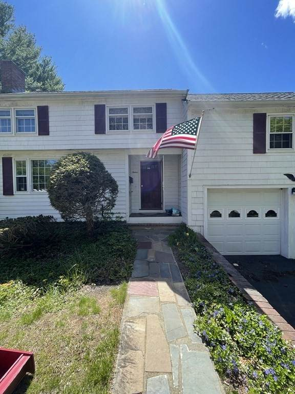 12 Saunders Rd, Lynnfield, MA 01940 (MLS #72830278) :: East Group, Engel & Völkers