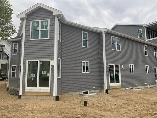 1 Samoset Court D, Plymouth, MA 02360 (MLS #72830977) :: Kinlin Grover Real Estate
