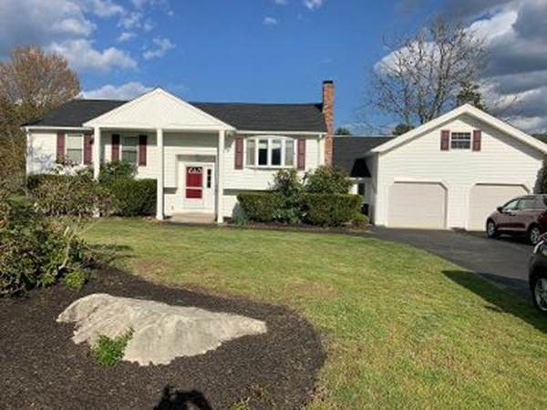 20 Rebecca Rd., Wrentham, MA 02093 (MLS #72831504) :: Welchman Real Estate Group