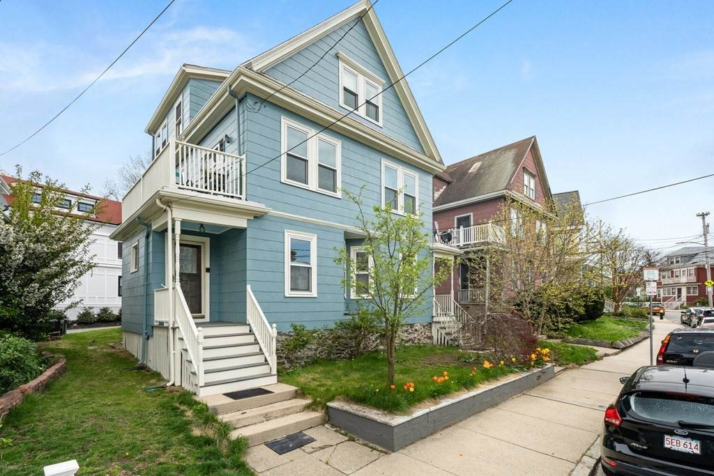 188-188A Savin Hill Ave - Photo 1